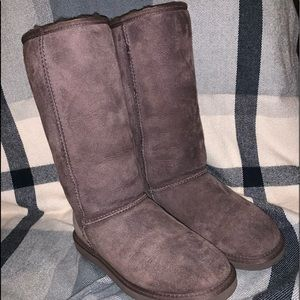 tall brown uggs!
